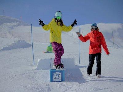 Classe di snowboard bambini da 4 a 12 anni Baqueira Beret