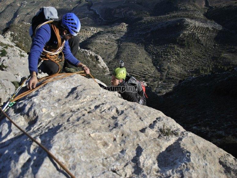 Mirando a los escaladores