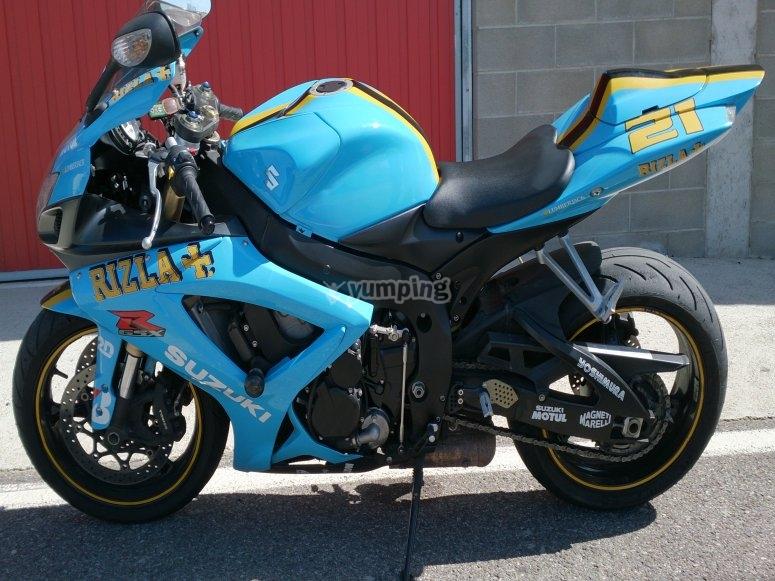 Azul Suzuki