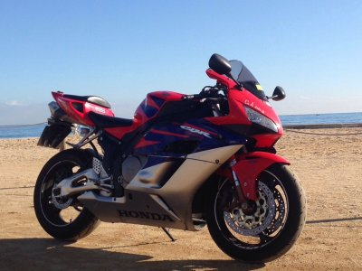 Honda CBR 1000RR rental on track