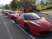 Pilotar Ferrari en Cheste por circuito y carretera
