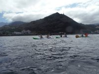 kayak con tiempo revuelto