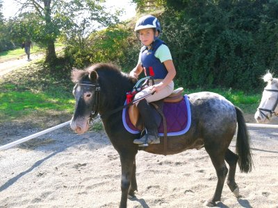 Initiation horse riding class, 1 hour, Barcelona