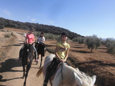 40min pony ride tour in Archidona for kids