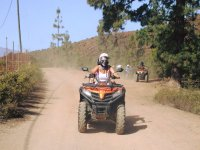 Conduciendo un quad en Tenerife
