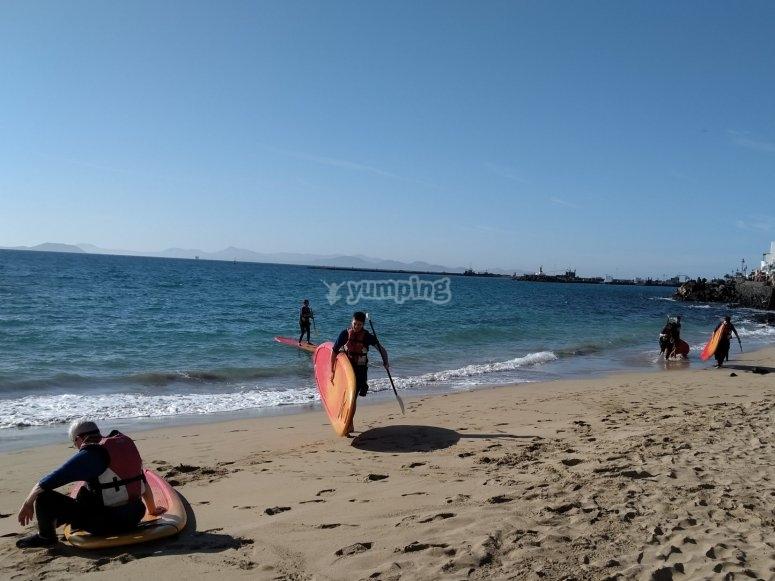 Antes de iniciar la travesía en paddle surf