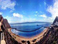 Anaga山的Las Teresitas海滩