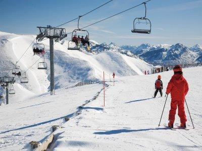 法国Cerdany滑雪场2小时
