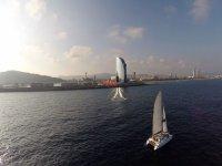 Paseo en Catamaran exclusivo en Barcelona 2 horas