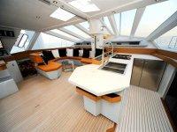 Disfruta en el interior navegando