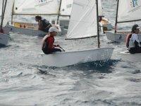 Alumnos en embarcaciones