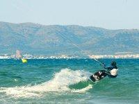 Saltando sobre las olas