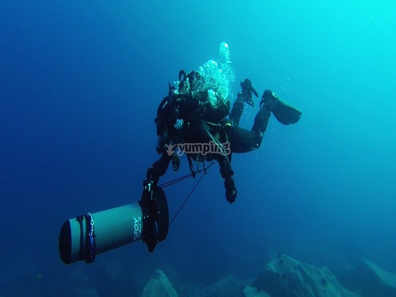 兰萨罗特岛与鱼雷的洗礼