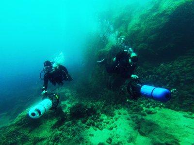 我用水下鱼雷为兰萨罗特岛潜水施洗
