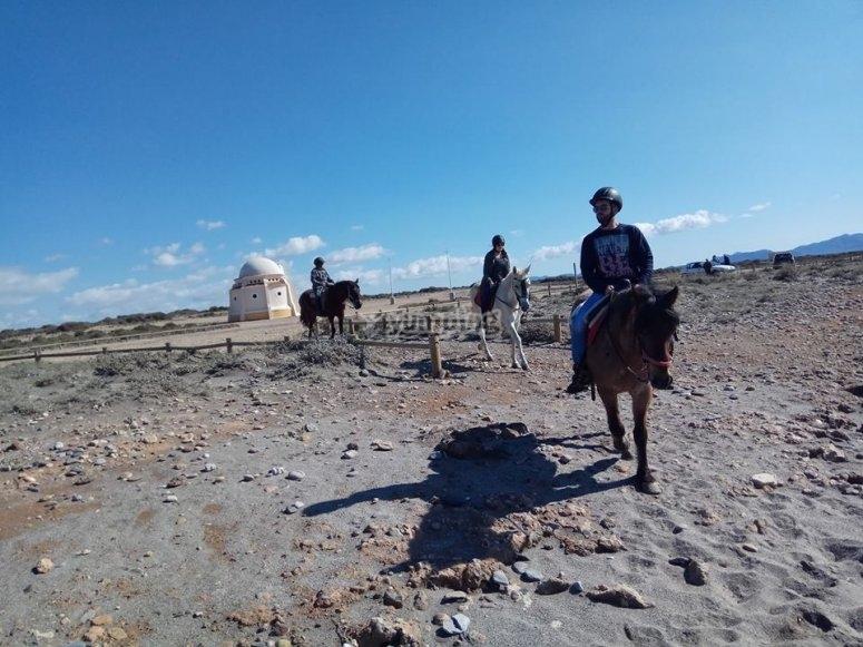 Montando a caballo en Almeria