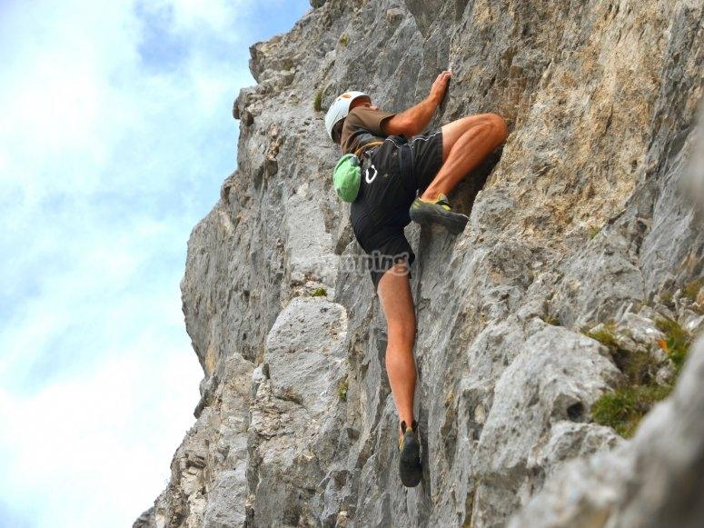 Climbing Yucalcari