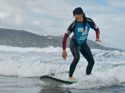 Surf lesson in Gran Canaria, adults 2 hours