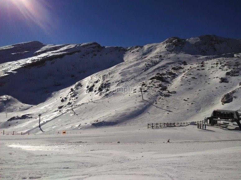 Ski and snowboard in Alto Campoo