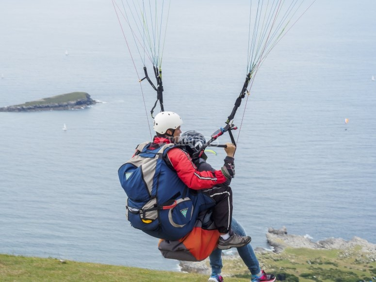 paragliding in Cantabria