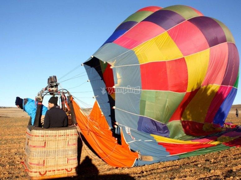 气球膨胀过程