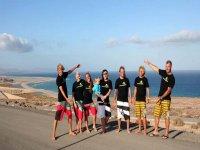 kitesurfistas en b1 kiteboarding