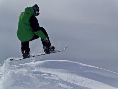 Alquiler de equipo de snowboard Granada 1 jornada