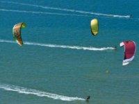 kitesrufistas几个风筝蓝风筝