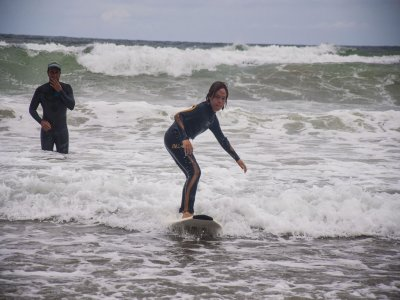 Surfear en Sopelana Semana Santa 2 días
