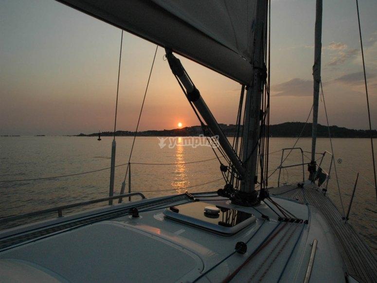 Puesta de sol en barco
