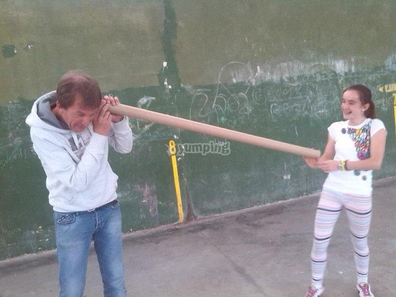 Padre e hija en la actividad