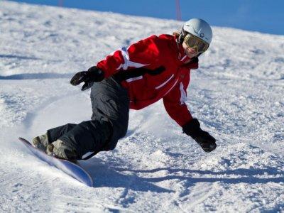 Clase Particular 3 horas de Snowboard en Valdesquí