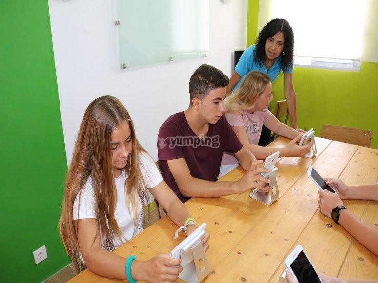 alumnos clase interactiva