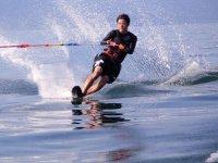 Esquí acuático con los mejores materiales