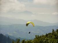 Volar en parapente en la Senda del Oso con vídeo