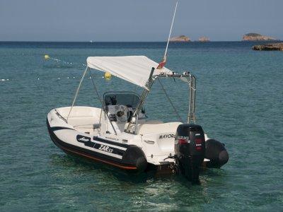 Alquiler de Zar 53 por un día Puerto San Antonio