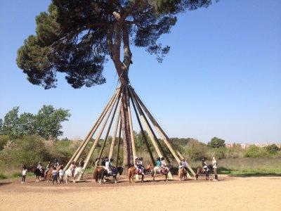 校园骑马巴塞罗那复活节