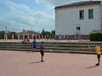 Jugando al badminton en el campamento de San Mateo