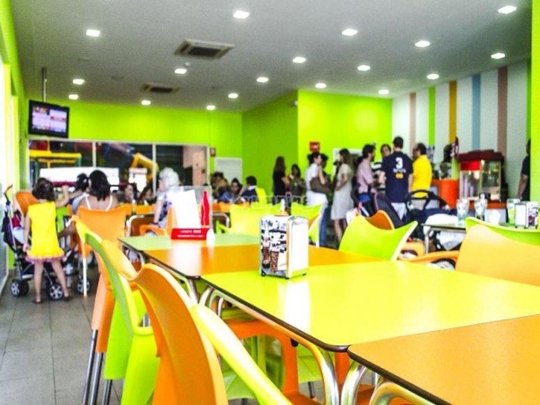 Mesas de la cafeteria