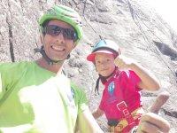 Escalada con niña en El Berrueco