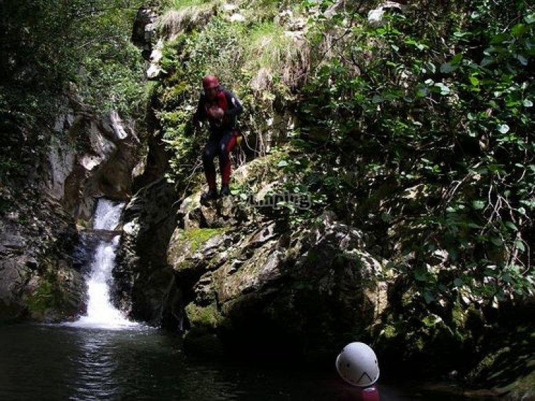 Salto de 7 metros en el Navedo