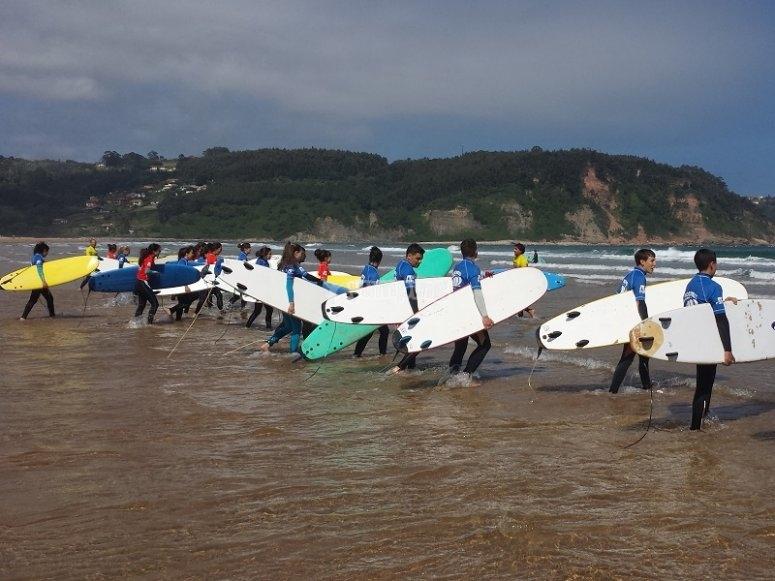 Empezando la clase de surf