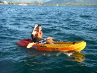 Navegando en kayak individual