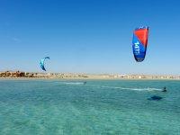 Kitesurf en la costa de Granadas