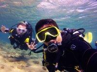 Inmersión de buceo Maspalomas con material buceo