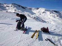 Preparando la clase de esqui