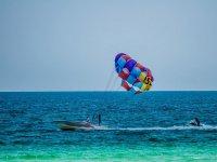 滑翔伞滑翔伞有色前
