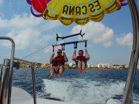 Parasailing a Ibiza