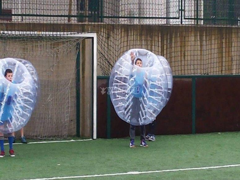Defiende la porteria con la burbuja