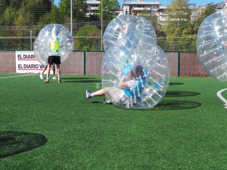 Diversion pura jugando a futbol