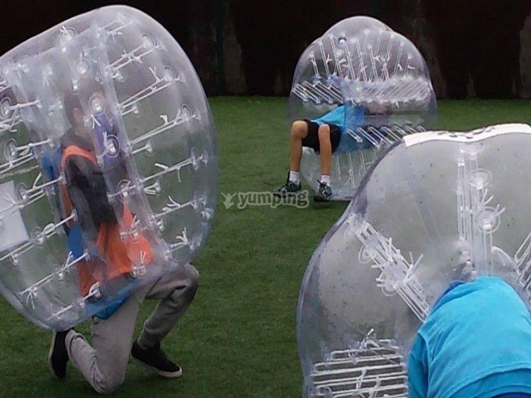 Diversion con futbol bubble